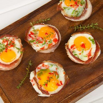 BACON AND EGGS MUFFINS